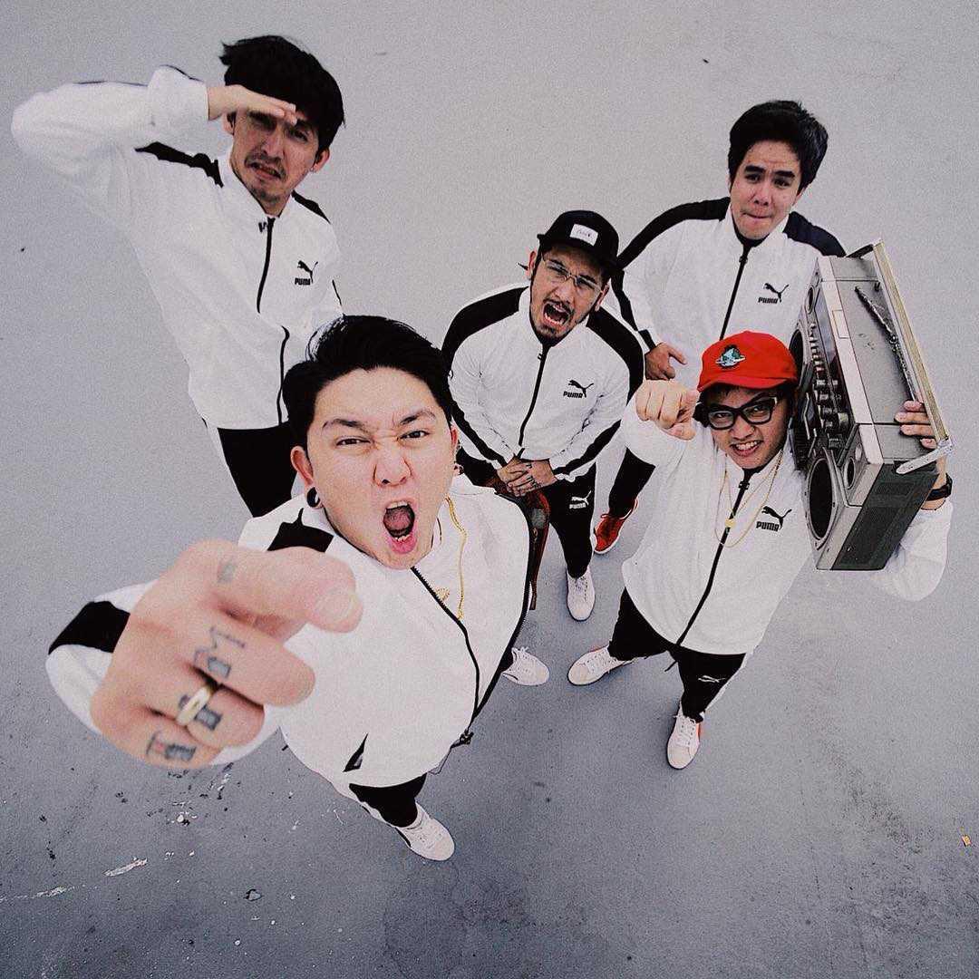 Single Baru Pee Wee Gaskins: Lonely Boys, Lonely Girls